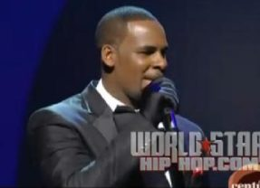 Surprise R. Kelly Soul Train Performance was Outstanding